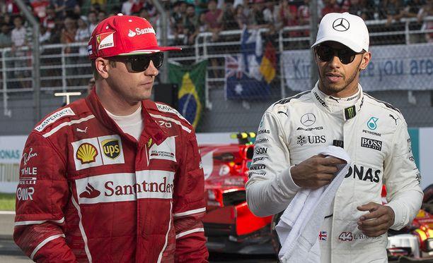 Lewis Hamilton antoi tunnustusta Kimi Räikköselle.
