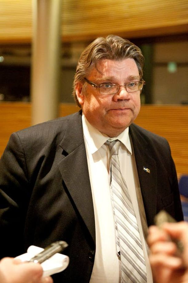 Timo Soini johtaa alkiolaisten puolueiden oppositiorintamaa. Syntyykö siitä jotain uusvanhaa?