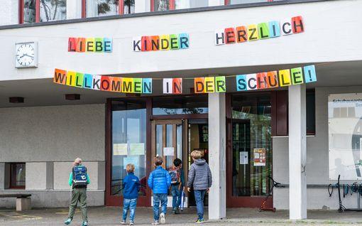 Ainakin kolme Euroopan maata aikoo avata koulunsa vasta syksyllä – Norja epäilee, oliko sulkemisesta apua alkuunkaan