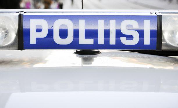 Poliisilla on hallussaan neljä Siilinjärven surmasta epäiltyä miestä. Kuvituskuva.