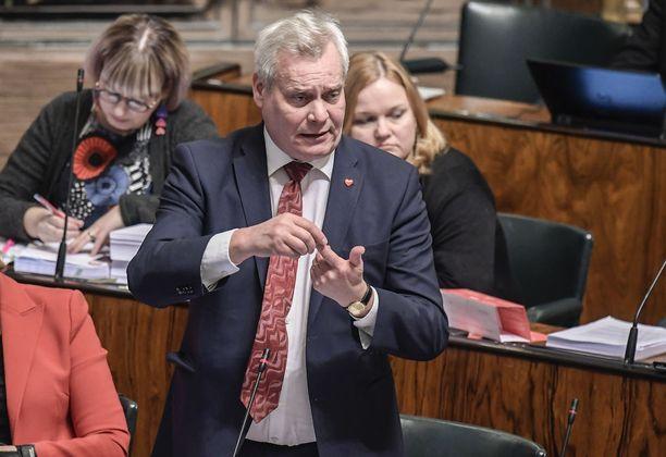 SDP:n puheenjohtaja Antti Rinne sanoi Iltalehdelle, että häntä ärsyttää keskustelussa se, että pienimpiin eläkkeisiin kohdistettu korotusesitys on ollut jo kaksi vuotta SDP:n vaihtoehtobudjeteissa.