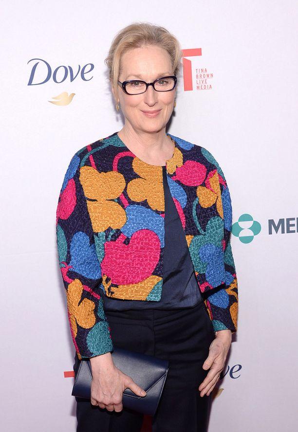 Samujin bleiseri istui Meryl Streepille hienosti.