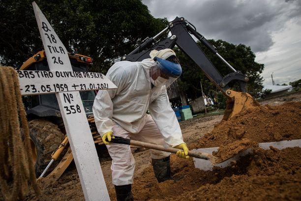 Brasilia löytyy The Lowy Instituten koronarankingin vihoviimeiseltä sijalta. Manaus keskellä Amazonia on kärsinyt pandemiasta pahiten.