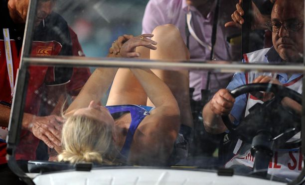 Sally Pearsonin vietiin radalta suoraan sairaalaan.