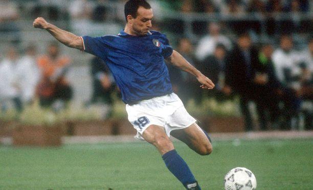 Toto Schillaci voitti Italian MM-kilpailujen maalikuninkuuden kuudella kaapilla.