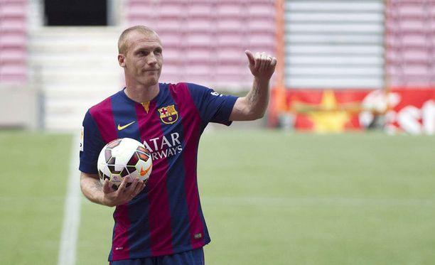 Jeremy Mathieu vahvistaa Barcelonan toppariosastoa.