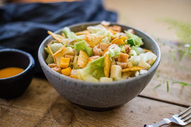 Suomen suosituin salaattiateria on pitänyt kärkisijaa jo vuodesta 2015.