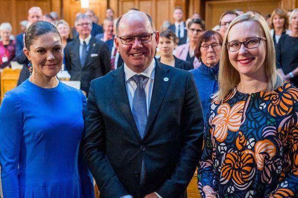 Kuvassa prinsessa Victoria, Ruotsin valtiopäivien puhemies Urban Ahlin ja Suomen eduskunnan puhemies Maria Lohela.
