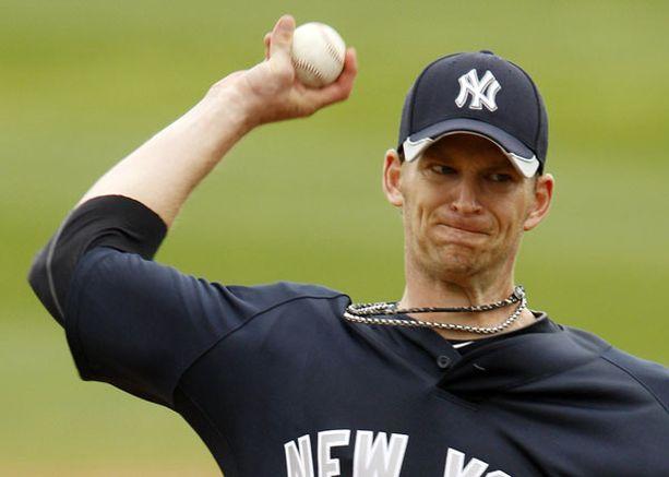 Näiden miesten käsistä ei pallo halvalla lennä. Kuvassa Yankeesin A.J. Burnett.