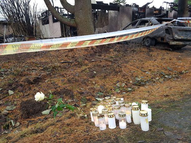 Äiti ja poika kuolivat Kangasalla epäillyssä murhapoltossa.