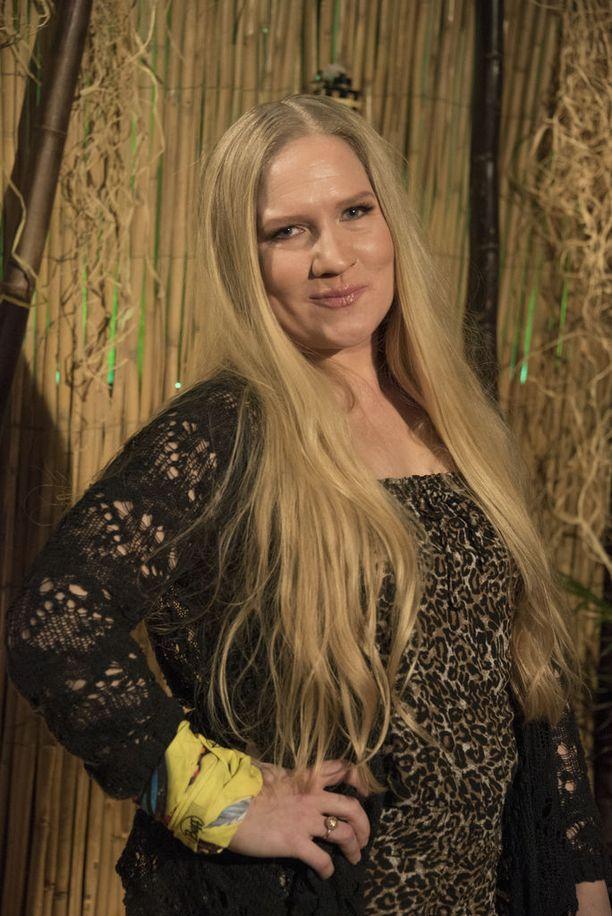 Laulaja Mariko on yksi Selviytyjät Suomi -ohjelman kilpailijoista.