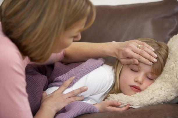 Vanhempien mielestä nykyinen systeemi lapsen terveystietojen suhteen ei toimi,