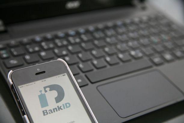 Katsauksessa keskityttiin kolmeen petostyyppiin eli internetin myyntipetoksiin, identiteettivarkauksiin ja senioreihin kohdistuviin petoksiin.