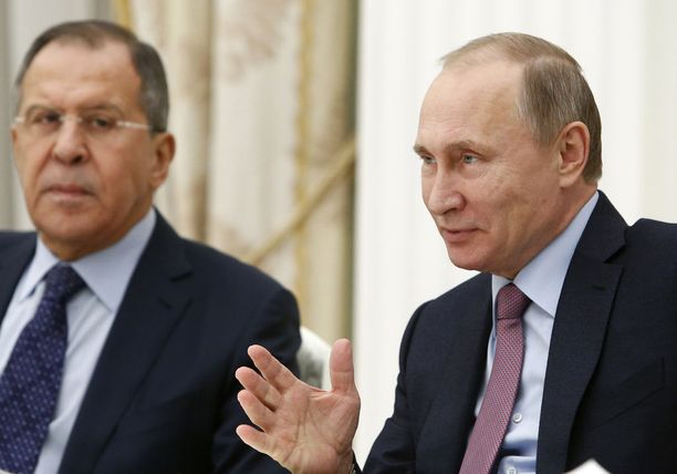 Venäjän ulkoministeri Sergei Lavrov ja presidentti Vladimir Putin.