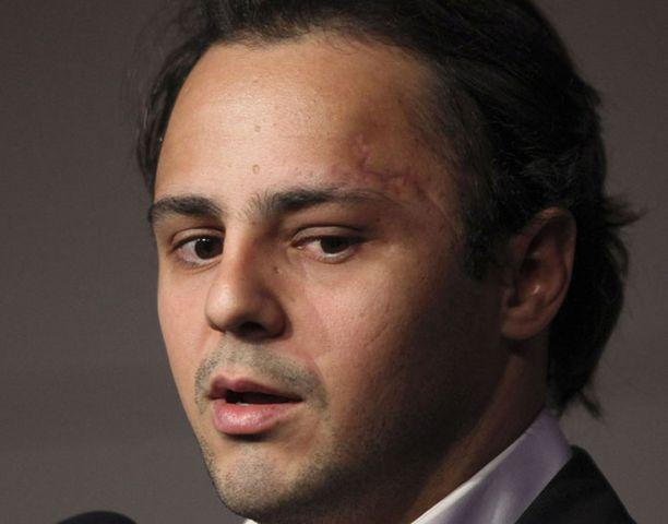 Heinäkuussa Unkarin gp:ssä vakavasti loukkaantunut Massa pyrkii palaamaan Ferrarin rattiin ensi kaudella.