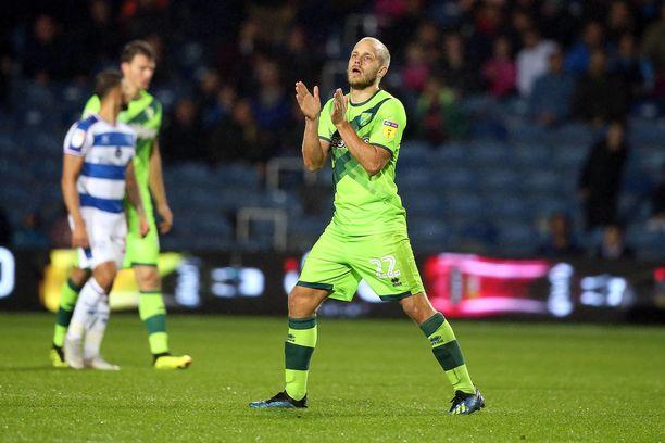 Teemu Pukki on heti valloittanut Norwich-fanien sydämet.