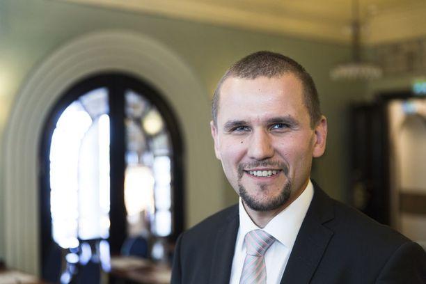 Vuokraturvan hallituksen puheenjohtaja Timo Metsola.