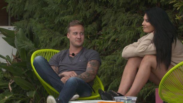 Pauli ja Alexina ovat lähentyneet viime aikoina suhteessaan.