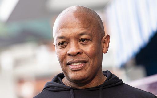 Dr. Dre eroaa vaimostaan 24 vuoden jälkeen – jättiomaisuuden keränneellä räppärillä ei avioehtoa