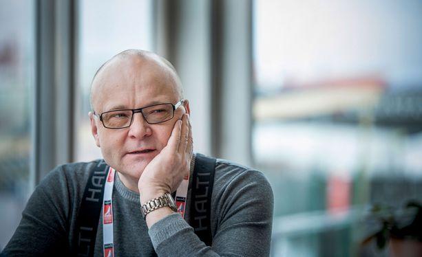 Tapio Suominen on kertonut sairastavansa kaksisuuntaista mielialahäiriötä.