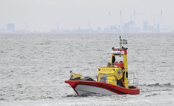 Etsintöjä on jatkettu sekä Tanskan että Ruotsin aluevesillä.