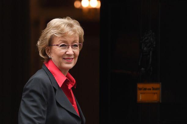Andrea Leadsomilla meni lopullisesti kuppi nurin Mayn ehdotettua äänestystä kansanäänestyksestä.