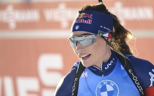 Suomen synkkyyttä valittanut Dorothea Wierer palasi tasolleen – norjalaisten dominointi naisten kisoissa jatkui