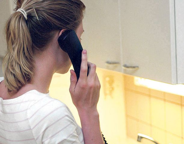 Tiedustelupuhelut toisen työpaikalle eivät ole paras mahdollinen idea.