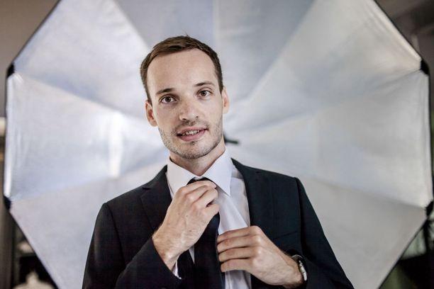 Alexander Hanhikoski oli viime vuonna (vuoden 2017 verotettava tulo) koko Suomen tulokolmonen.