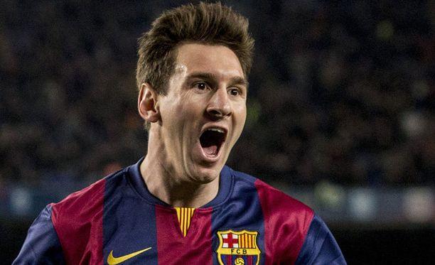 Leo Messi pommitti kolme maalia Rayo Vallecanon verkkoon.