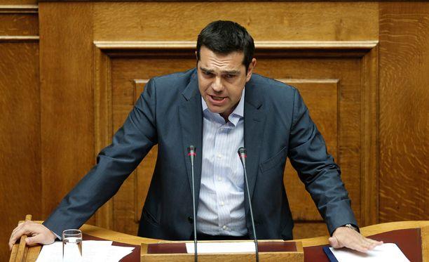Vaikka Alexis Tsipras on saanut kritiikkiä erityisesti oman puolueensa sisällä, mielipidekyselyiden mukaan mies on kansan keskuudessa suosittu.