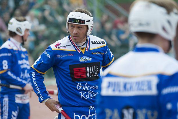 Toni Kohonen, 43, siirtyi täksi kaudeksi Sotkamon Superpesisjoukkueesta ykkösen Oulun Lippo Junioreihin.