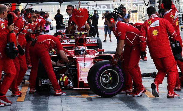 Viime kauden Ferrarissa oli turbo-ongelmia.