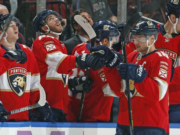 Floridan Aleksander Barkov saalisti kolme pistettä Montrealia vastaan.