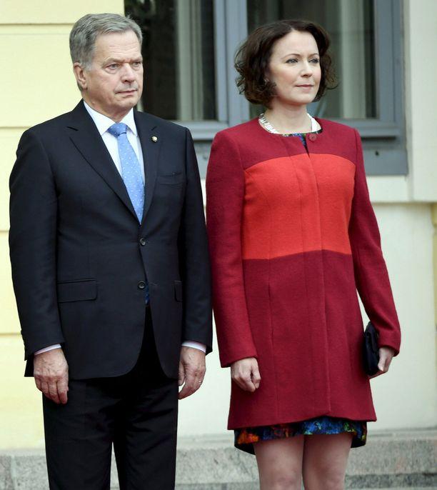 Presidentti Sauli Niinistö ja rouva Jenni Haukio odottavat yhteistä lastaan. Syyskuun lopussa Haukion raskaus ei ollut vielä näkyvissä.