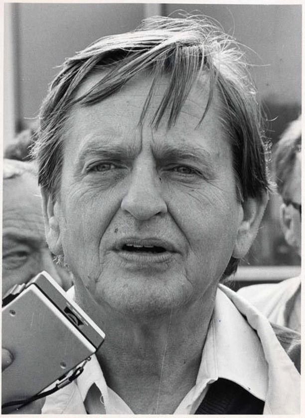 Ruotsin pääministeri Olof Palme murhattiin 28. helmikuuta 1986. Vuosikymmeniä jatkuneesta tutkinnasta huolimatta Palmen surmaaja on edelleen epäselvä.