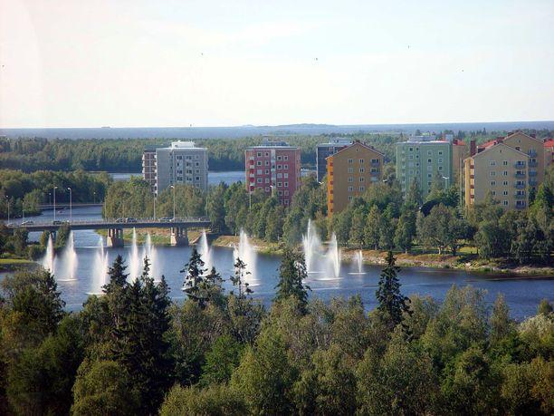 Oulun Tuirassa kadonnut nainen löydettiin lopulta Hietasaaren alueelta läheltä merenrantaa.