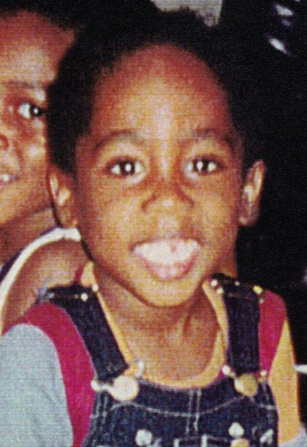 Tupac varttui nuoruusvuotensa New Yorkin Harlemissa.