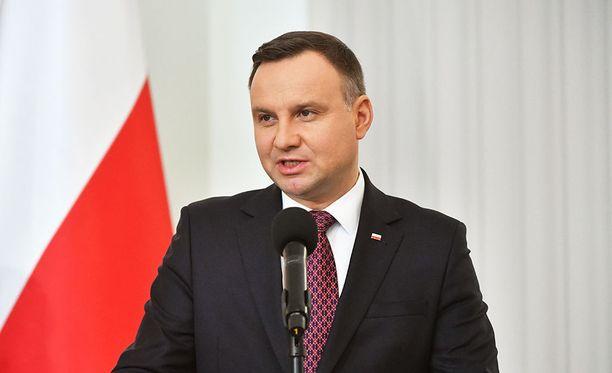 Puolan presidentti Andrzej Duda saapuu tänään valtiovierailulle Suomeen puolisonsa Agata Kornhauser-Dudan kanssa.