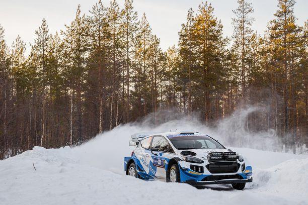 Janne Tuohino osallistui kisaan omalla WRC-autollaan.