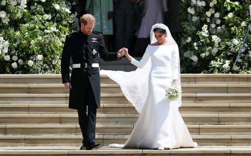 Maailman kalleimmat kuninkaallisten hääpuvut listattiin – tyyrein jopa seitsemän miljoonaa euroa