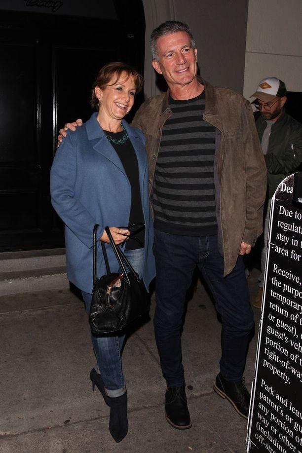 Gabrielle Carteris miehensä Charlesin kanssa Hollywoodissa.