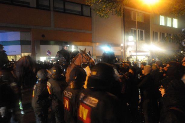 Osa freiburgilaisista syyttää AfD:tä vihan lietsonnasta.