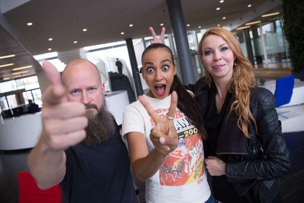 Ylitornio, Tea Khalifa ja Heta Hyttinen löytyvät viikonloppuna We Love the 90's -festivaalin nostalgisesta Jyrki Loungesta.