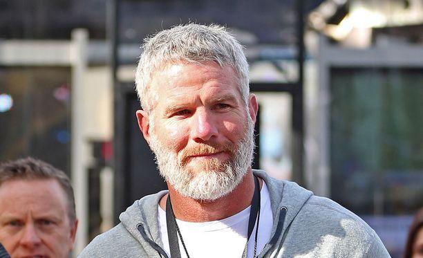 Favre lopetti väärinkäytön sanojensa mukaan kerralla.