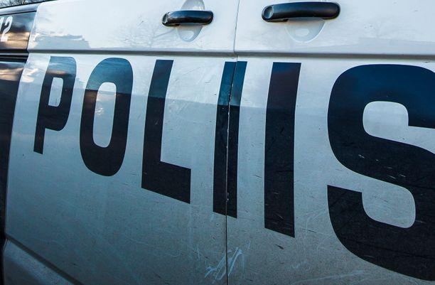 Epäilty rattijuoppo työllisti poliisia Oulaisissa.