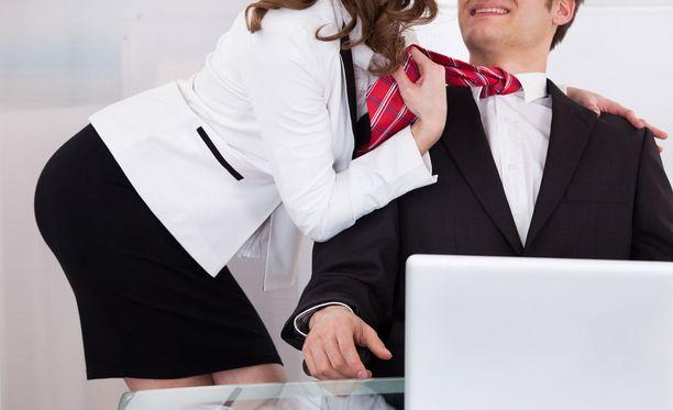 Himo voi ottaa ylivallan myös työpaikalla.