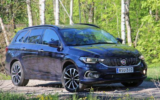 Uusi Tipo-farmari on eurooppalaisen tyylikäs samaan tapaan kuin VW Golf.