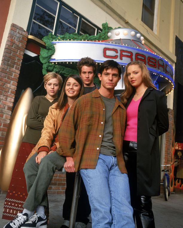 Roswell-sarjan ensimmäistä kautta tehtiin vuonna 1999.