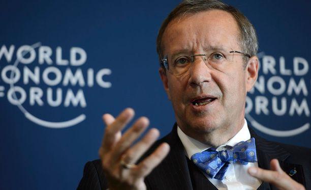 Toomas Hendrik Ilveksen mukaan Venäjän uhkaan suhtaudutaan Virossa erittäin vakavasti.